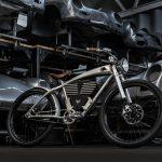 電動アシスト自転車にビンテージポルシェの味わいを、「Outlaw Tracker」